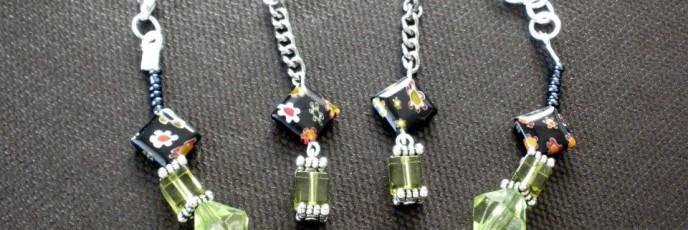 S12 - Cristale acrilice 12mm + margele sticla 2mm + millefiori + margele sticla patrata 8mm - Argint tibetan - 22 lei