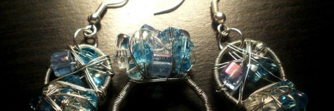 S7 - Cristale biconice 4mm + Cristal biconic Swarovski 4mm + Margele sticla 4mm patrate&rotunde - Elemente metalice nichelate - 22 lei